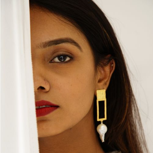 Imperfection Earring (Gold Plated)